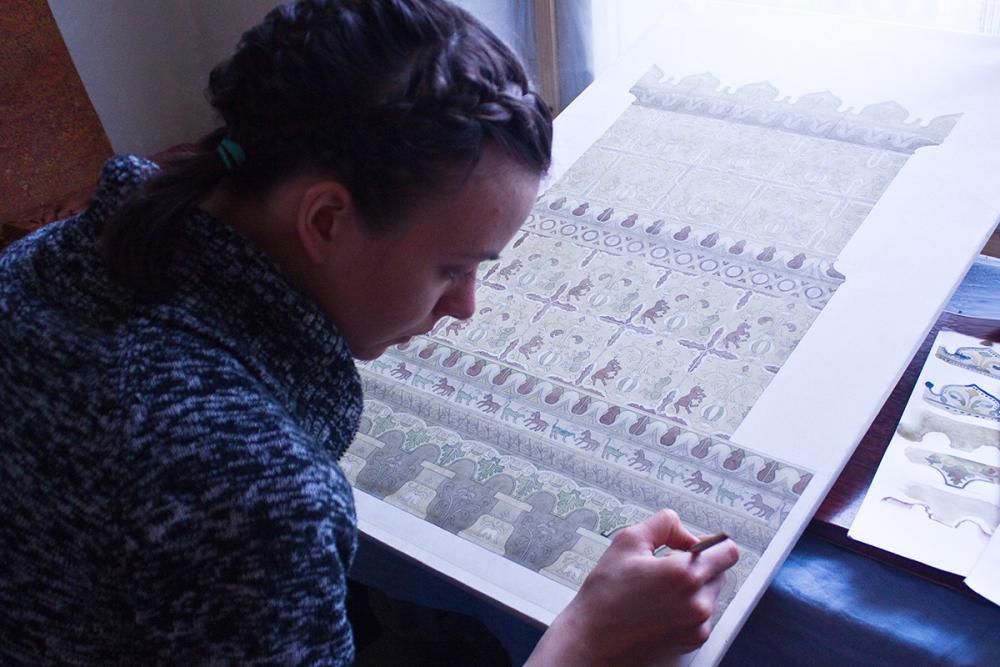 Работа над графической реконструкцией полихромной печи Святительского корпуса