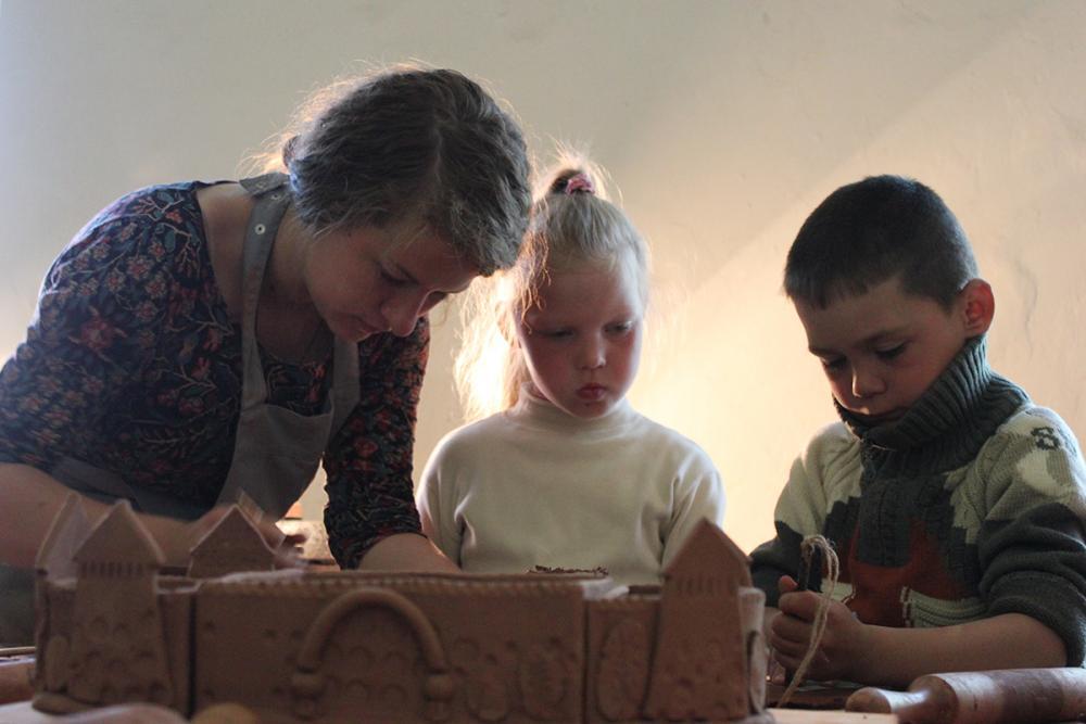 Работа над кашпо «Соловецкий град-сад»