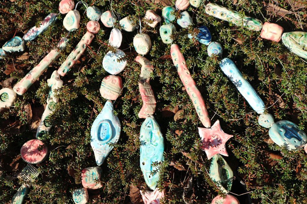 «Северно сияние» (керамика, глазурь). Коллективная работа участников проекта