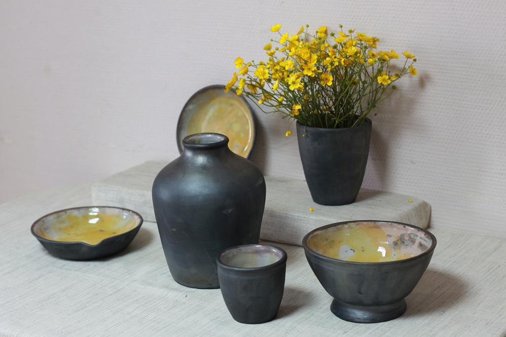 Набор гончарной посуды «Просветление». Автор – Елена Дёмина (УдГУ)